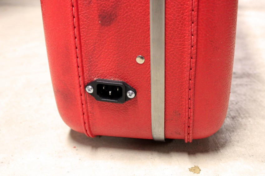 Suitcase Stereo - Power Plug